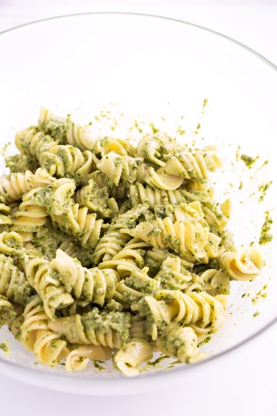 Simple-Healthy-Vegan-Pesto-Pasta-3.jpg